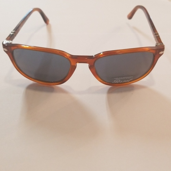 8974fdef063c3 Brand new Persol sunhlasses PO3019 52mm